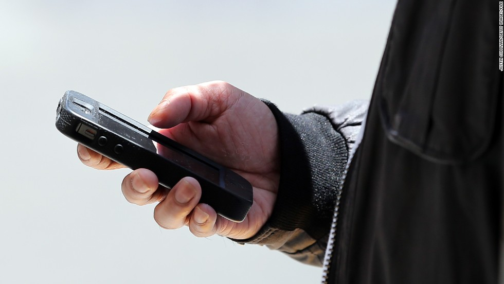 Supreme Court: Police need warrant to search cell phones