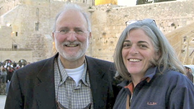 Alan Gross's wife pleads for his release