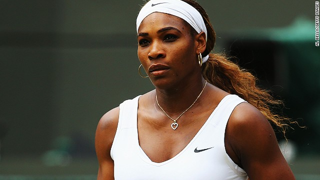 Serena Williams acknowledges she's the favorite for the Wimbledon title as she chases a sixth crown.