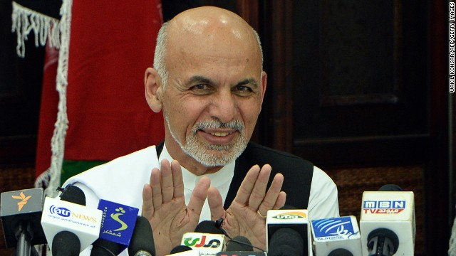 Afghan presidential candidate Ashraf Ghani gestures as he addresses a press conference in Kabul on July 5, 2014.