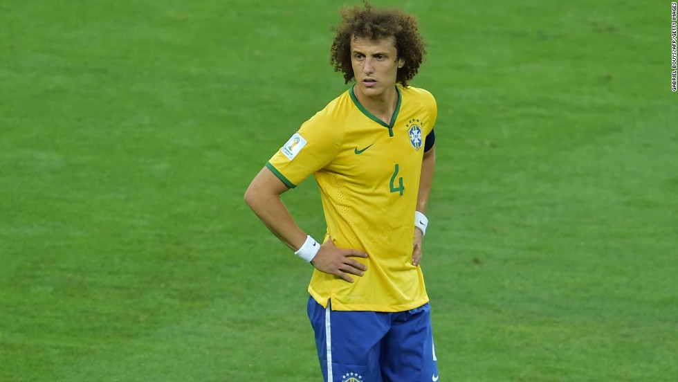 David Luiz, abrumado por la avalancha germana.