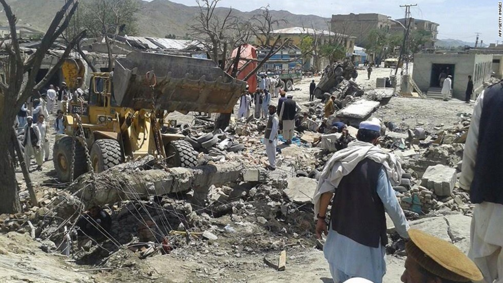 Car bomb kills more than 40 people in Afghanistan