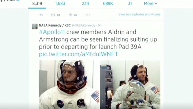 NASA re-enacts the moon launch in tweets