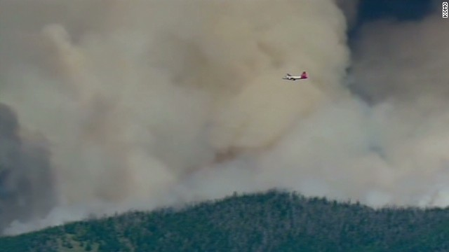 Massive fire tears through Washington