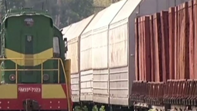 MH17 bodies arrive in Kharkiv