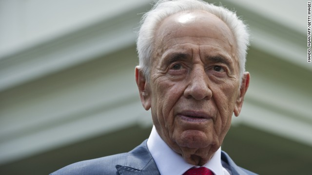 Israeli President Shimon Peres speaks to reporters outside of the West Wing after meeting with US President Barack Obama at the White House on June 25, 2014, in Washington.