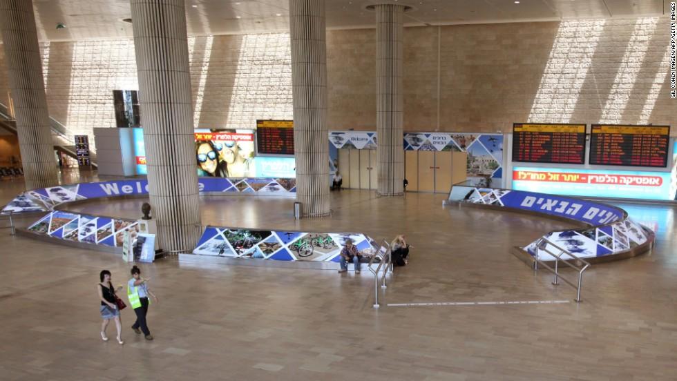 U.S. extends ban on flights into Israel's Ben Gurion Airport