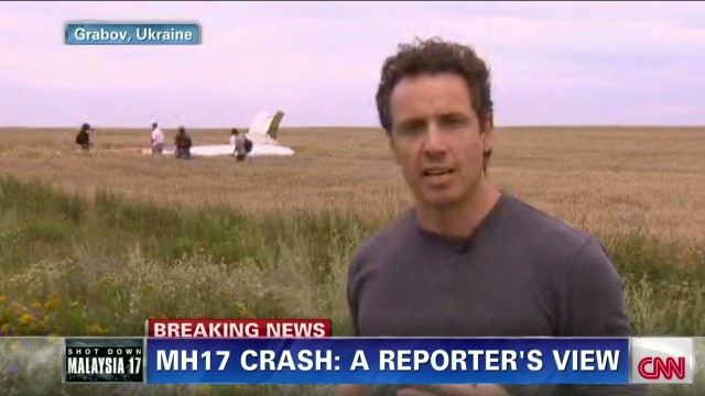 rs intv chris cuomo reporting mh17 crash site _00004624.jpg