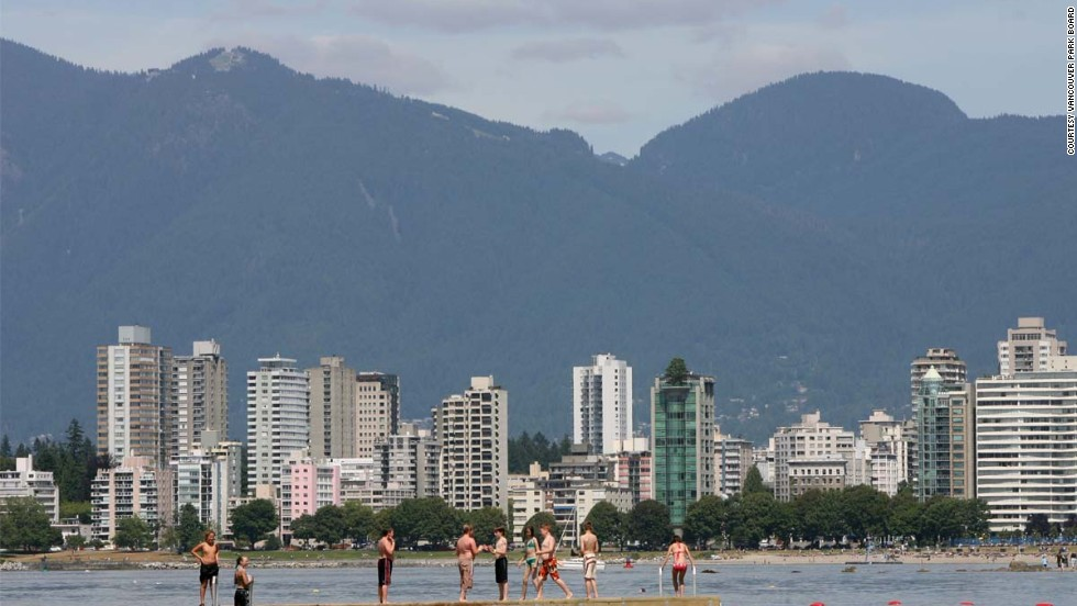 If Vancouver is one the best cities to live, does that make Kitsilano Beach one of the best beaches to play on?