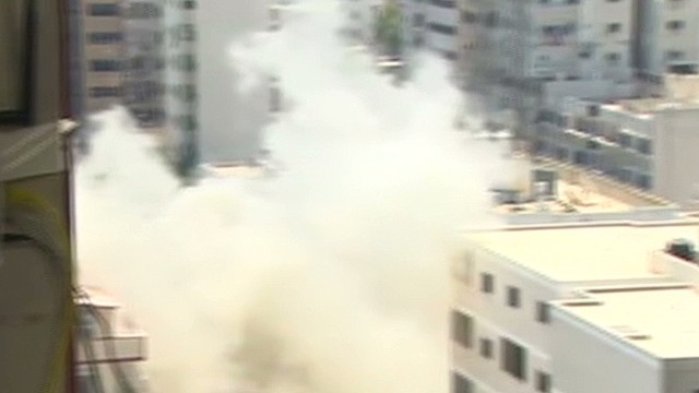 CNN reporter has close call in Gaza