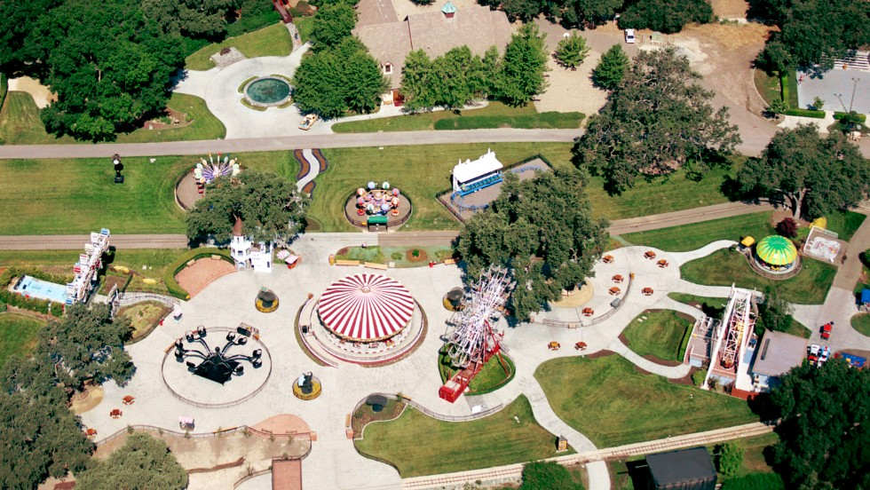 Michael Jackson's Neverland may hit the real estate market