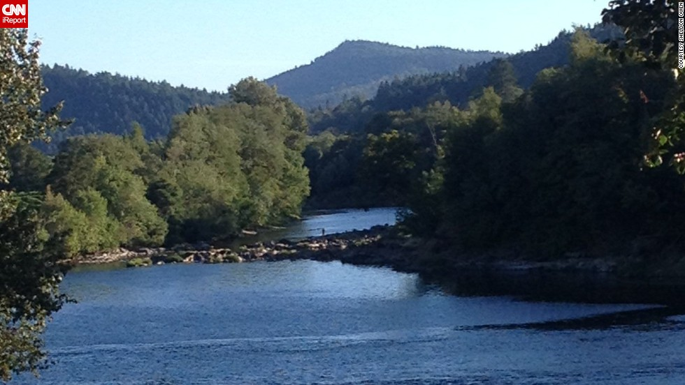 "Spanning more than 100 miles, Oregon's Umpqua River offers plenty of opportunities for recreational activities. From adventure rafting in its northern rapids to paddling along its calmer waters in the south, <a href=""http://ireport.cnn.com/docs/DOC-1150397"">Sheldon Owen</a> said there's something for everyone."