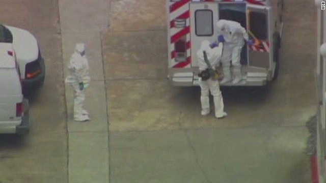 First American Ebola patient comes home