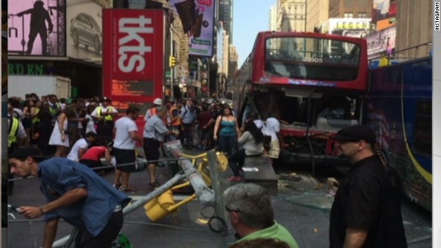 nr tour bus crash times square_00002107.jpg