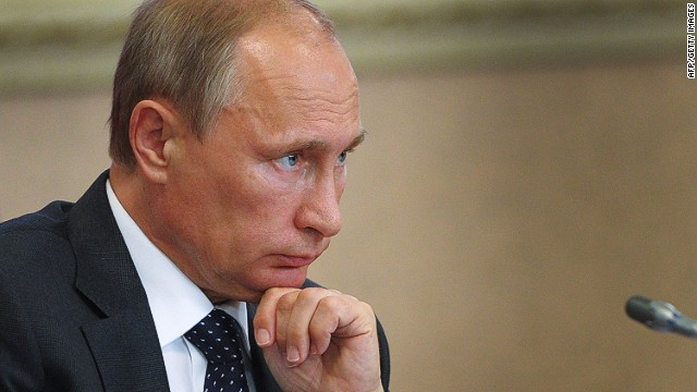 Putin strikes back against sanctions