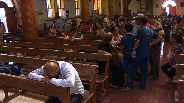 Iraqis take shelter in Christian church