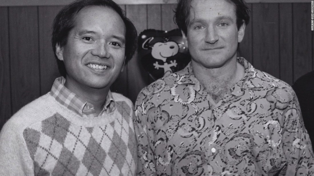 "<a href=""http://ireport.cnn.com/docs/DOC-1160808"">Serni Solidarios </a>ran into Robin Williams in 1986 on the streets of New York and asked him if he would be interested in performing at a university concert. Months later Williams honored the invitation. ""I've staged other great legends, but Robin's zaniness and sheer improvisational speed was unmatched,"" he said."