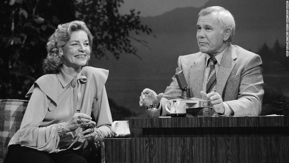 Bacall with host Johnny Carson on his show in 1980.