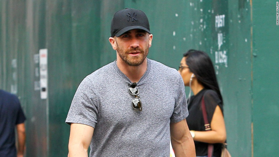 Jake Gyllenhaal strolls the streets of New York City on August 17.