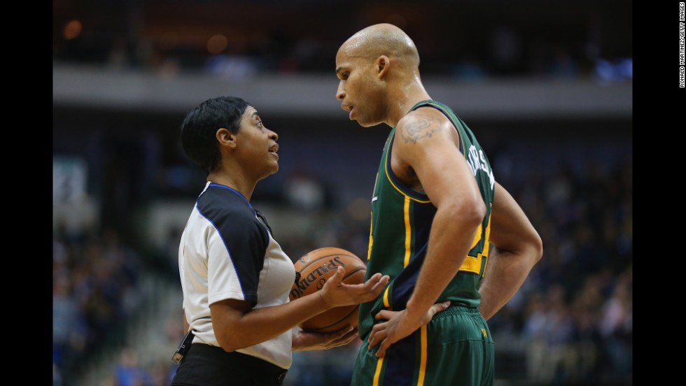 A former point guard for California State Polytechnic University-Pomona, Violet Palmer became the first female NBA referee in 1997.