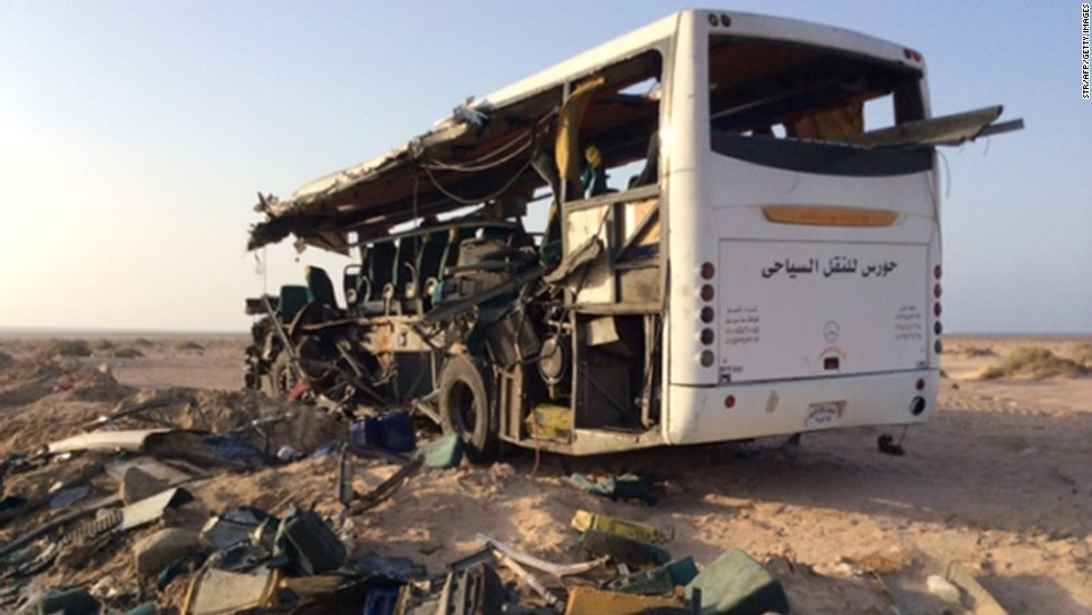 Report: At least 38 killed after tourist buses crash in Egypt