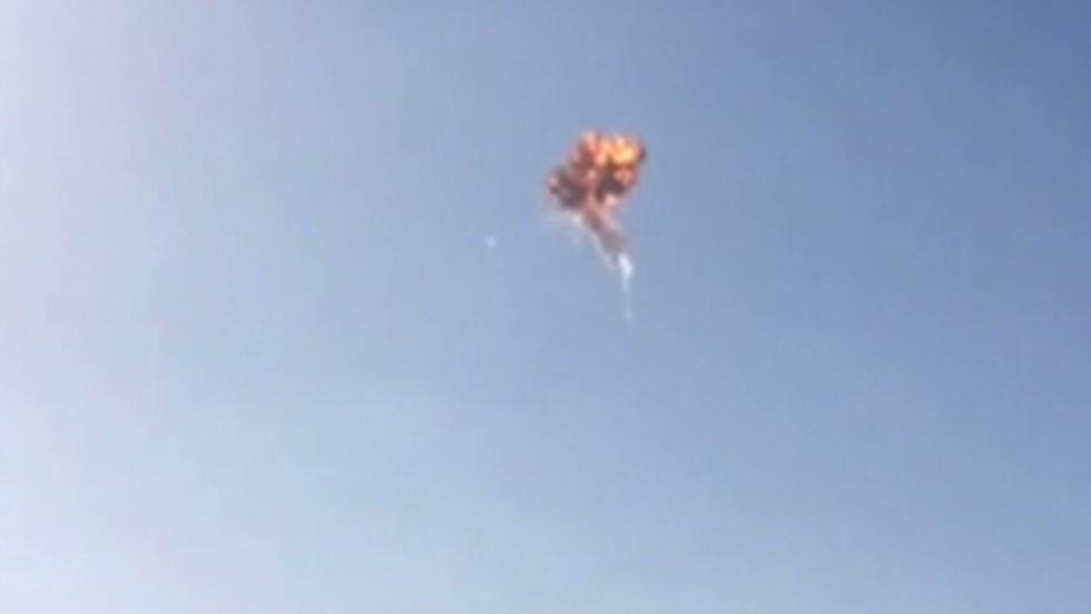 Experimental SpaceX rocket self-detonates over Texas