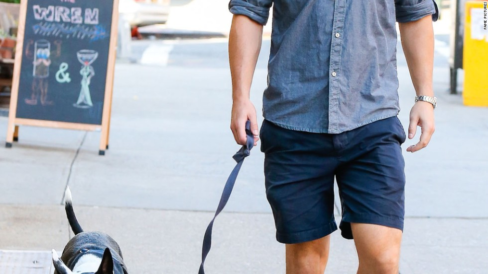 Josh Hartnett takes his pooch for a stroll on the streets of New York City on August 25.