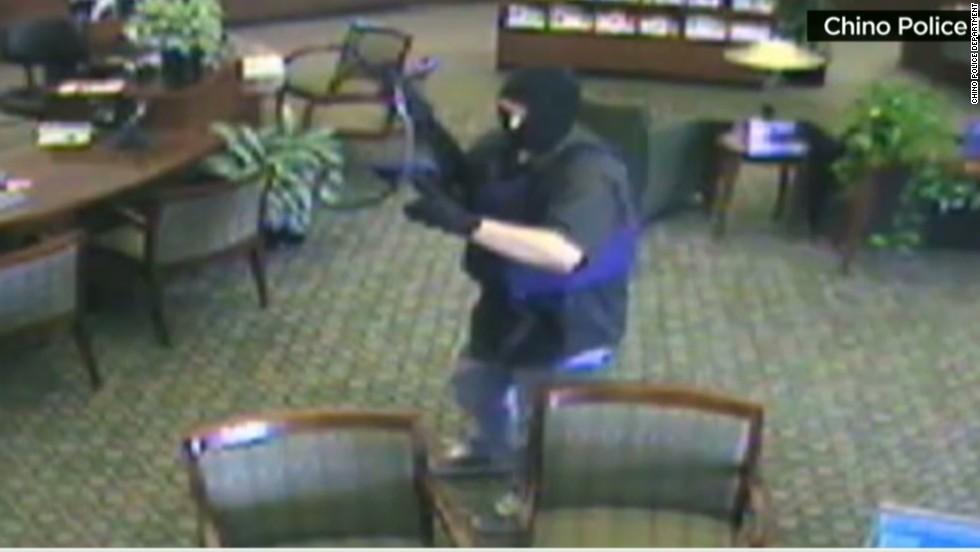 Suspected serial bank robber strikes again
