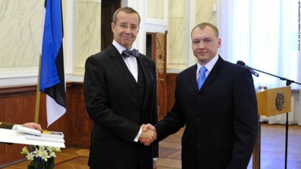 Estonia accuses Russia of kidnapping security official