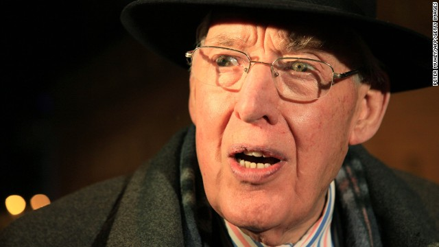 Northern Ireland's Ian Paisley dies at 88