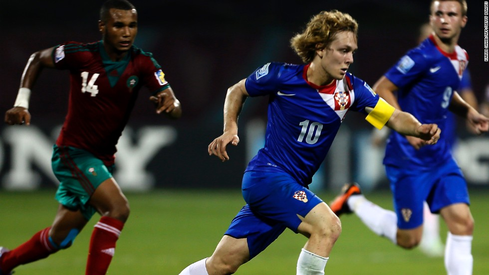 Alen Halilovic was just 16 when he made his debut for the Croatian national team -- now the Barcelona starlet is hoping this will be his breakthrough season at the Camp Nou. While he's played for the club's B team, the midfielder is now aiming to make his mark on the Champions League.