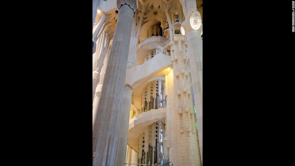 Las escaleras m s aterradoras del mundo - Escaleras de caracol barcelona ...
