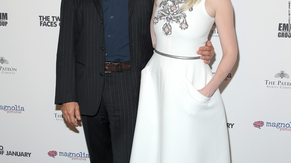 "Viggo Mortensen and Kirsten Dunst keep it light at the New York premiere of ""The Two Faces of January"" on September 17."