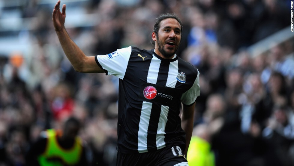 Jonas Gutierrez, the Newcastle winger, has revealed he is fighting testicular cancer after beginning chemotherapy in his native Argentina.