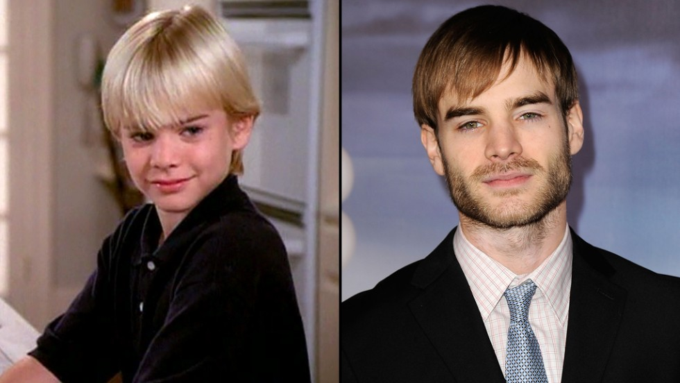 "David Gallagher grows up pretty quickly as Simon Camden on the show. He later guest starred on several series, including ""Bones"" and ""The Vampire Diaries."""