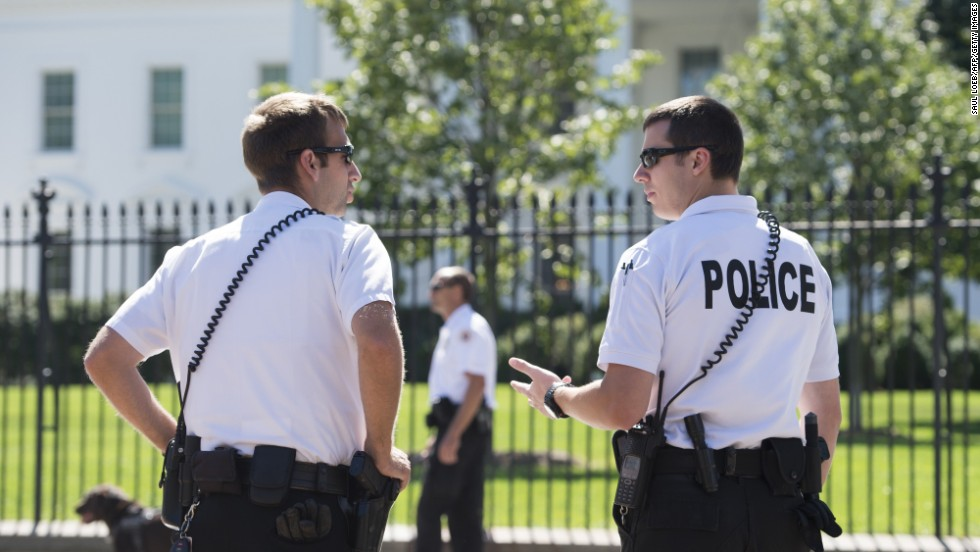 Secret Service beefs up presence after 2 White House security incidents