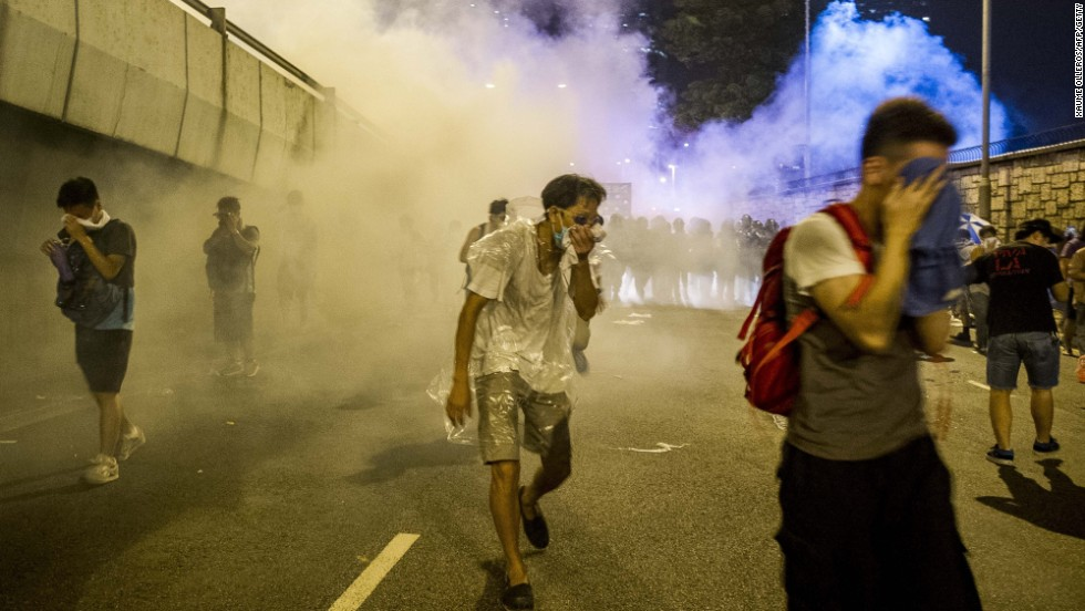 How tear gas brought Hong Kongers together