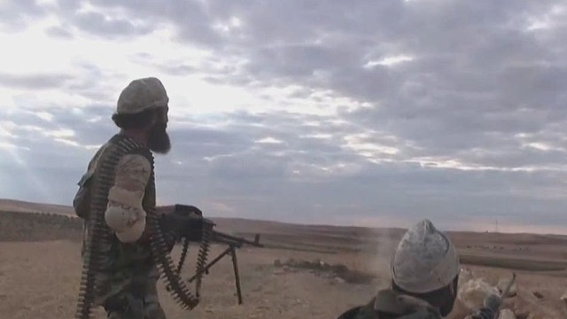 dnt sciutto isis battling for kobani near turkey border_00000020.jpg