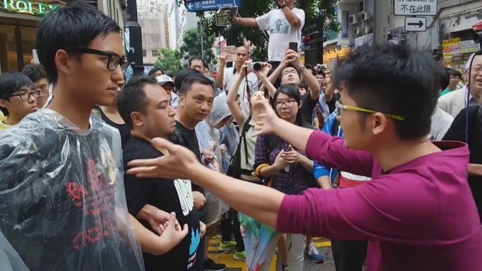 Hong Kong protesters, government officials agree to 'several rounds' of talks