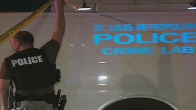 sot st louis police involved shooting _00000112.jpg