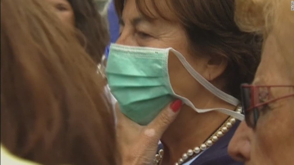 Spanish Ebola patient's condition worsens, doctor says