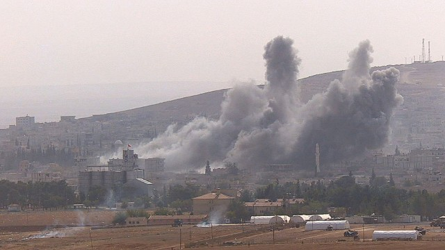 pkg damon syria kobani battle_00004807.jpg
