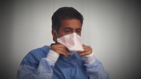 SGMD Gupta Ebola Suit Demo_00001913