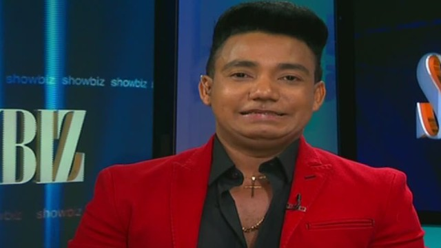 cnnee showbiz intvw elvis martinez_00004220.jpg