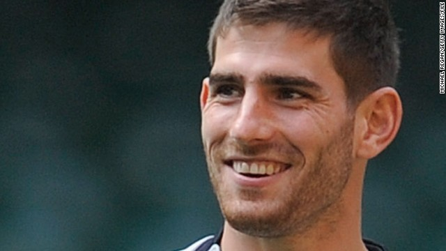 Welsh footballer Ched Evans has had his 2012 conviction for rape overturned and a retrial ordered.