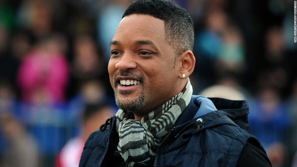 "Will Smith is making his way back to TV ... in a way. The actor, who's long since swapped the small screen for major movie blockbusters, is now set to executive produce a series based on his 2005 movie ""Hitch."""