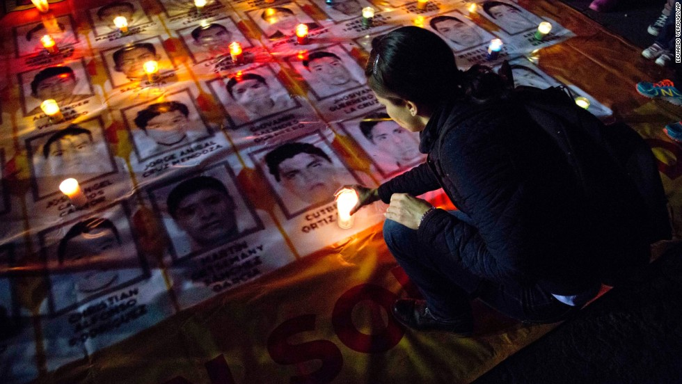 Iguala, Mexico, ex-mayor 'probable' suspect in case of 43 missing students