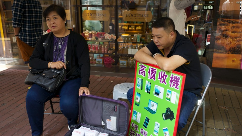 It's easier to get an iPhone outside Hong Kong's Apple Stores than in them