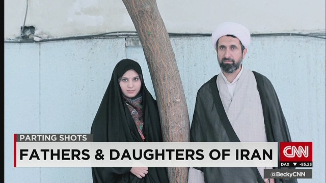 exp ctw iranian fathers and daughters_00002001.jpg