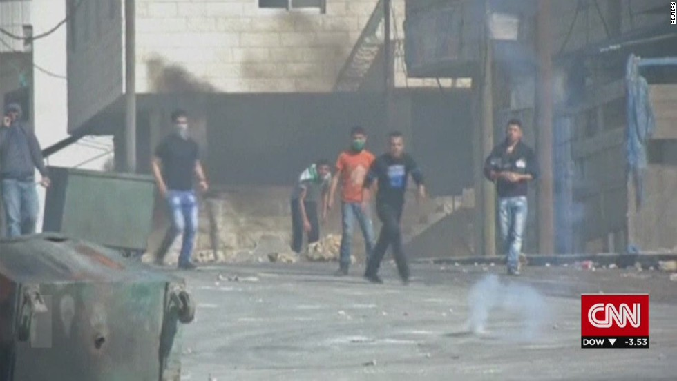 Israeli troops kill Palestinian man in West Bank clashes
